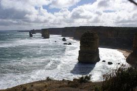 Teile der 12 Apostel an der Great Ocean Road, Victoria,  Australien