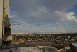 Seltenens Naturschauspiel - Regenbogen in der Wüste bzw. über Las Vegas