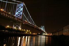 Brücke in Philadelphia, mit Absicht etwas schräg als Alternative
