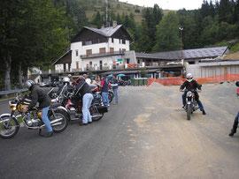Giro 2007 ( Aosta ) Sosta Panoramica Zegna