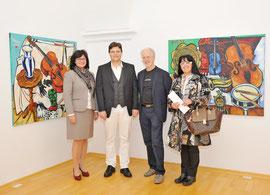 Pressefoto. Stadträtin Mag. Ingrid Heihs, Matthias Laurenz Gräff, Künstlerbundobmann MMag. Ernest Kienzl, Georgia Kazantzidu