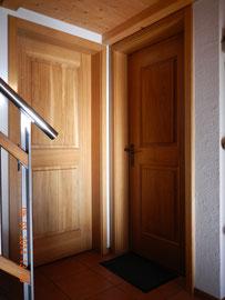 innentüre aus Eichenholz mit Fries und Füllung