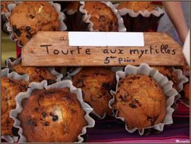 Etal fabricant de gâteau appelé tourte, Fête au Fromage, Hera deu Hromatge, à Laruns en Vallée d'Ossau (64)