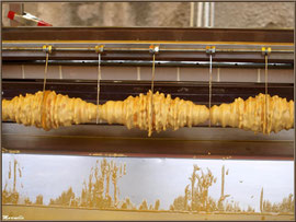 Etal fabricant de gâteau appelé ruche, Fête au Fromage, Hera deu Hromatge, à Laruns en Vallée d'Ossau (64)