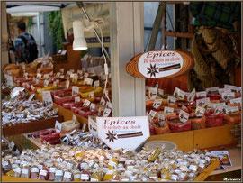 Etal épices, Fête au Fromage, Hera deu Hromatge, à Laruns en Vallée d'Ossau (64)