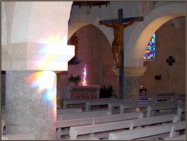 Eglise Saint-Eloi, la nef et l'autel de la Vierge,  Andernos-les-Bains (Bassin d'Arcachon)