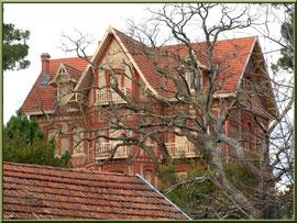 """La villa """"St Arnaud"""" en """"Ville d'Hiver"""" à Arcachon"""
