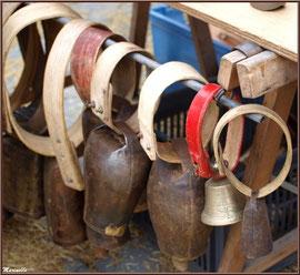 Etal fabricant de cloches et clochettes, Fête au Fromage, Hera deu Hromatge, à Laruns en Vallée d'Ossau (64)