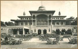 Le Casino Mauresque et ses tables (Arcachon)