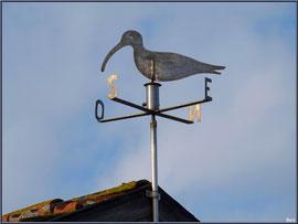 Girouette sur le toit d'une cabane au port ostréicole de La Teste de Buch (Bassin d'Arcachon)