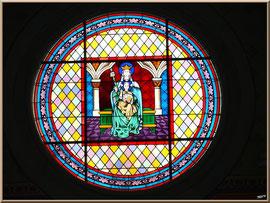 L'église Notre-Dame des Passes au Moulleau à Arcachon, vitrail central de la nef