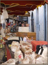 Etal fabricant de nougats, Fête au Fromage, Hera deu Hromatge, à Laruns en Vallée d'Ossau (64)
