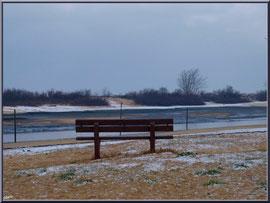 Banc et chenal d'entrée au port en habit neigeux (février 2012)