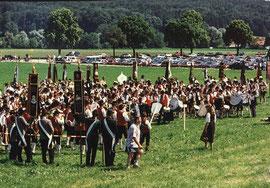 100-Jahrfeier der Tell-Schützen mit Fahnenabordnungen der Gastvereine und Musikkapellen des Bezirksmusikfestes 1995