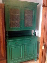 alter Schrank von Nouvelle-Antique, ideal zum Anstreichen mit Kreidefarbe