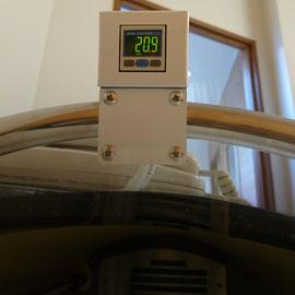 鍼灸スポーツ整体アスイクの酸素カプセル1.2気圧