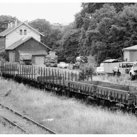 Die letzten Waggons auf dem Bahnhofsgelände