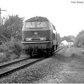 Nachdem die Militärwaggons in Raeren abgeliefert worden sind, kehrt die Lok nach Walheim zurück