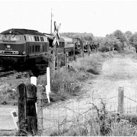 Einfahrt des Militärzuges in den Bahnhof Raeren