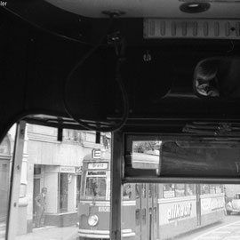 Hier kommt die Tram mit Fahrtrichtung Brand entgegen