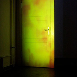 2)Videoinstallation, hd, color, loop, no sound, 2011
