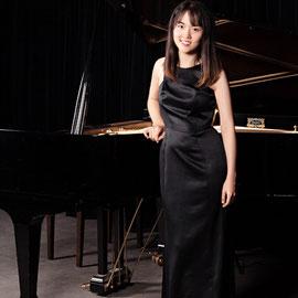 Yili Niu, Klavierunterricht in Köln-Rodenkirchen, Lindenthal, Agnesviertel, Neustadt-Süd