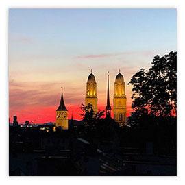 StadtSicht 150a: St. Peter und Grossmünster im Abendrot