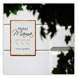 016b Hotel Mama 200