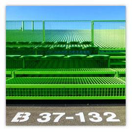 060a Tribüne B36-132 001