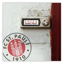 Klingelschild: Forza St. Pauli