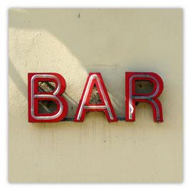 005a Bar 001