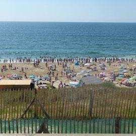 Blick vom Ort auf den Strand