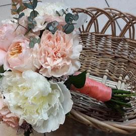 оформление свадьбы цветами казанская