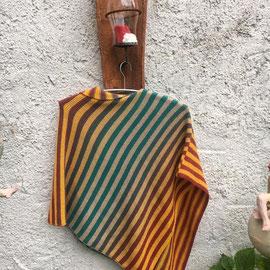 """Poncho aus der Leuchtturm-Wicklung """"Boho"""" / gestrickt und fotografiert von Beate Germer"""