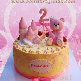 Кремовый торт с Мишуткой и замком для принцессы