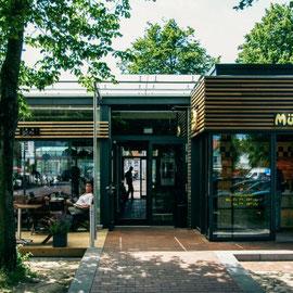 """Marktpirat in Heide, mit Büro """"Jebens Schoof Architekten"""""""