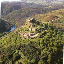 le château des Seigneurs de Couzan (de Semur)