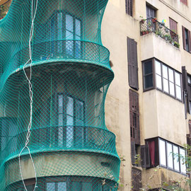 Casa Planells durant la reforma de la façana. 2011. Imatge: Raúl Sanz.