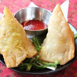 サモサ(samosa) indian dumpling