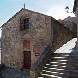 キウズディーノの旧市街 トスカーナ修道院めぐり サンガルガーノ