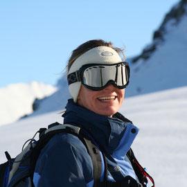 Simone im Winter Element