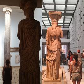 Neue Museen besuchen. 5 von 6 Frauenfiguren des Erechtheions auf der Akropolis befinden sich im 📍Akropolis-Museum, Athen. 1 dieser 6 sogenannten Koren steht im 📍British Museum, London. Ich habe sie diesen Sommer alle gesehen. ;)