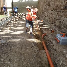 Die Abwasserleitungen wurden eingesandet.