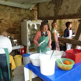 Zum Mittagstisch am Sonntag herrschte Hochbetrieb in den Ständen.