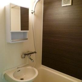 浴室カッティングシート施工