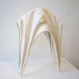 White Gravity Form (4 legs), stoneware, white porcelain and terra sigillata / 9x18x30(high)cm