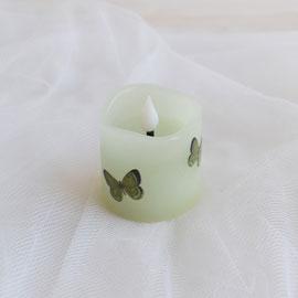 LED Kerze zartgrün mit Porzellansticker Schmetterling