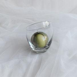 Kugelkerze im Glas