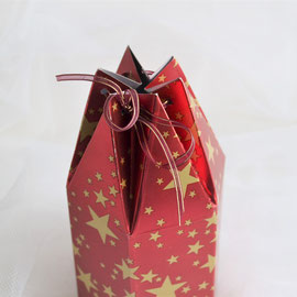 Sechseckbeutel Weihnacht rot mit goldenen Sternen