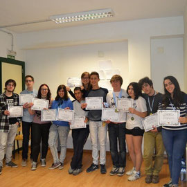 Participantes del Gijón Open con los diplomas